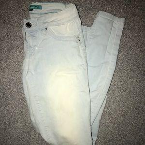 Ymi light washed skinny jeans